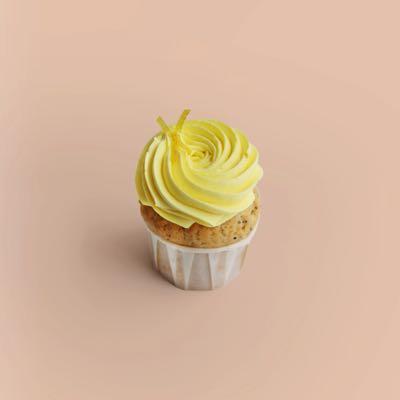 Cupcake mit Zitrone, Mohn und Zitronen-Creamcheese