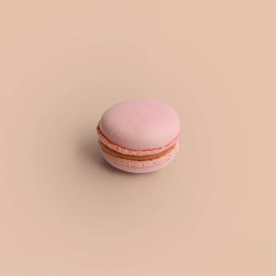 Erdbeere Tonkabohne Macaron