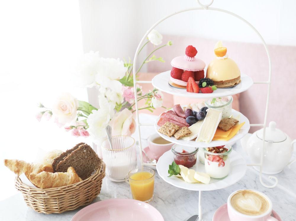 Katharina die Große Frühstück im Café Zuckermonarchie